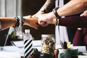 Commencer dans un cabinet existant est-ce le bon plan ?