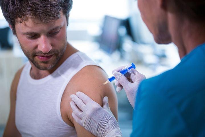 Le vaccin contre la grippe réalisé par l'infirmière libérale