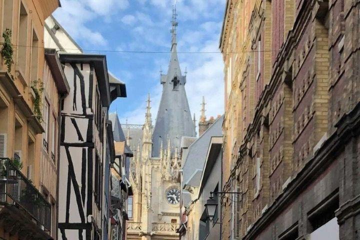 Infirmière libérale : de Paris à Rouen