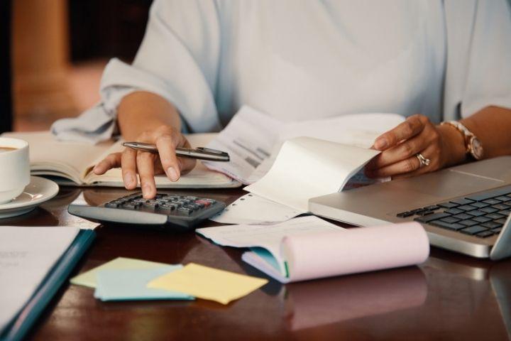 Logiciel infirmier vs. facturier, le comparatif